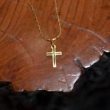 Croix fantaisie ciselée